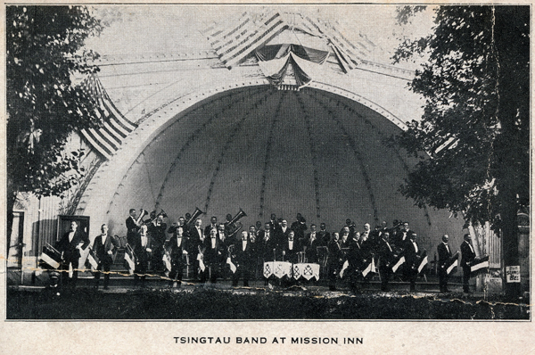 b&w photograph of the Tsingtau Band on stage at the Mission Inn, St Louis